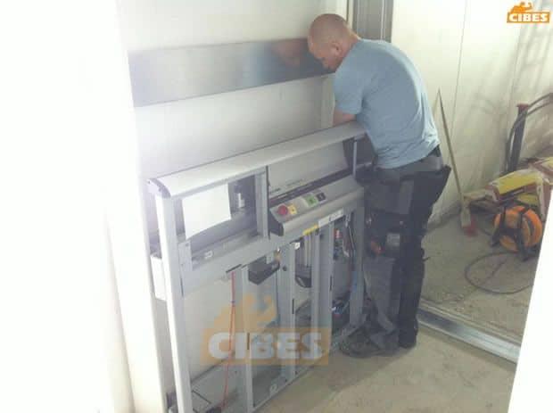 Sản phẩm hoàn thiện được cung cấp đã bao gồm giếng thang giúp giảm thiểu tối đa thời gian lắp đặt, xây dựng của gia chủ