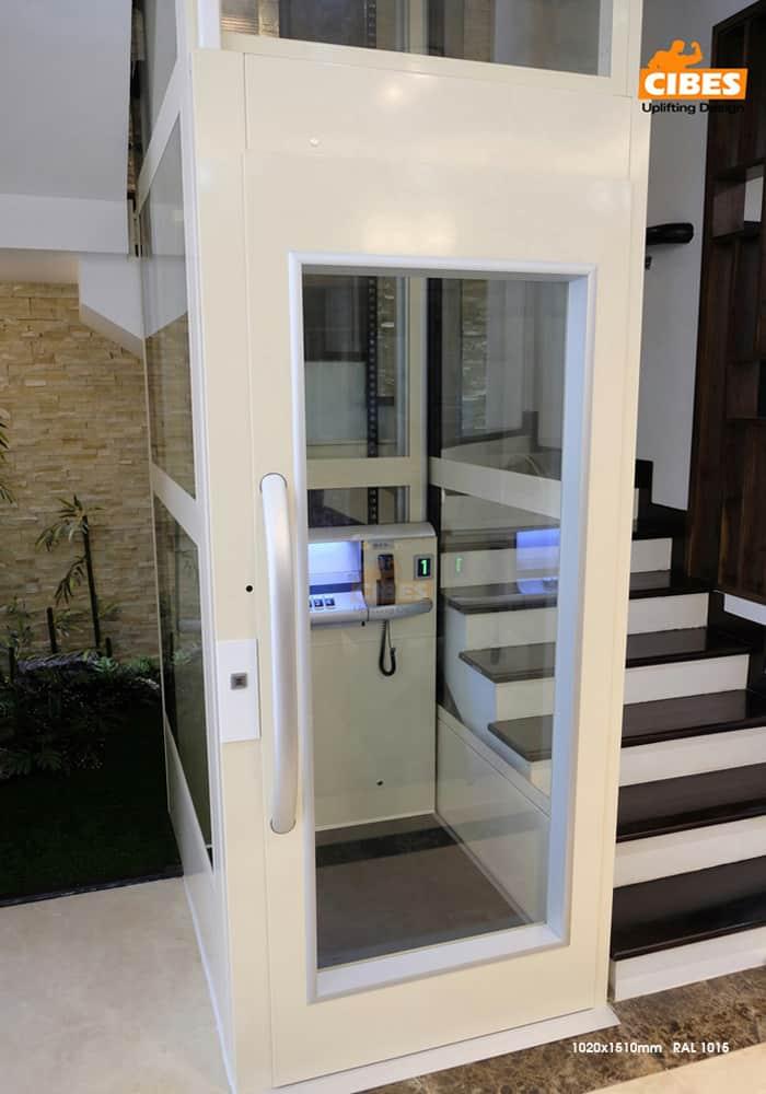 Thang máy Cibes A4000 tại căn hộ Vinhomes Gardenia 4