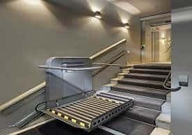 Cầu thang máy dành cho người già, khuyết tật, ng...