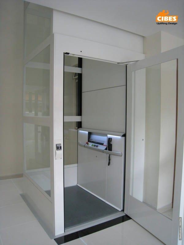 Hướng dẫn vệ sinh thang máy