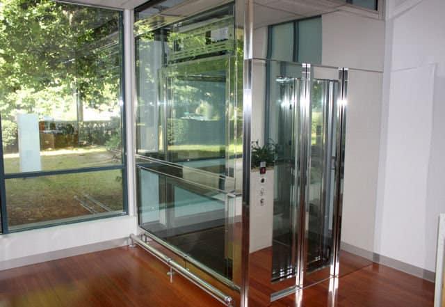 6 ưu điểm và nhược điểm của thang máy ngoài trời