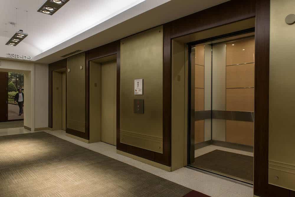 nội thất thang máy