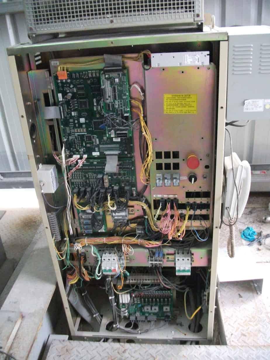 Hệ thống các thiết bị cần thiết để vận hành thang máy