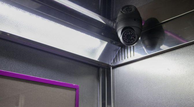 Hãy lắp đặt camera khi thiết kế cầu thang máy gia đình